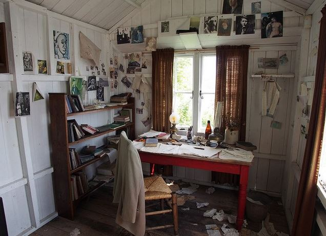 A image of a design of a arts and crafts room for a she shed